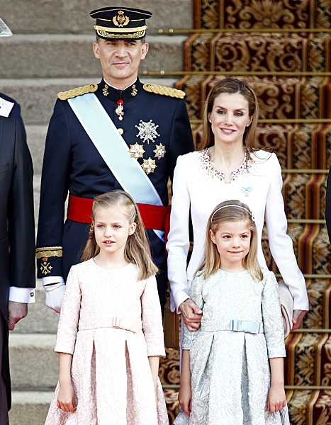 1403188836_spanish-royal-family-467