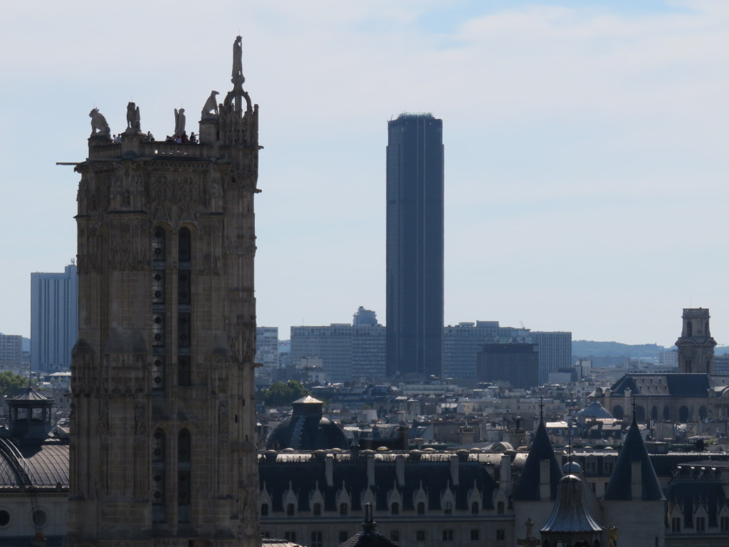 La Tour Saint-Jacques and la Tour Montparnasse